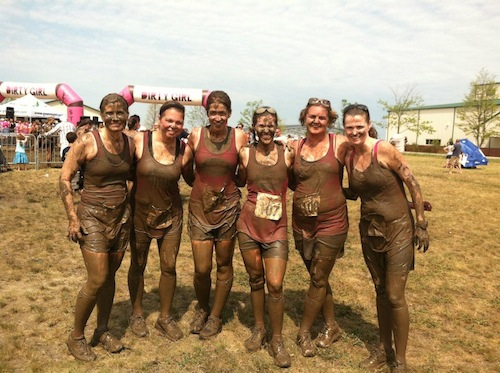 runners in the dirty girl mud run